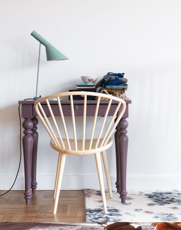 ;;;;;;;Wooden Chairs, Pastel Cerveza Tennis, Plum Colors, Interiors, Work Spaces, Workspaces, Desks, Pastel Colors, Bold Colors