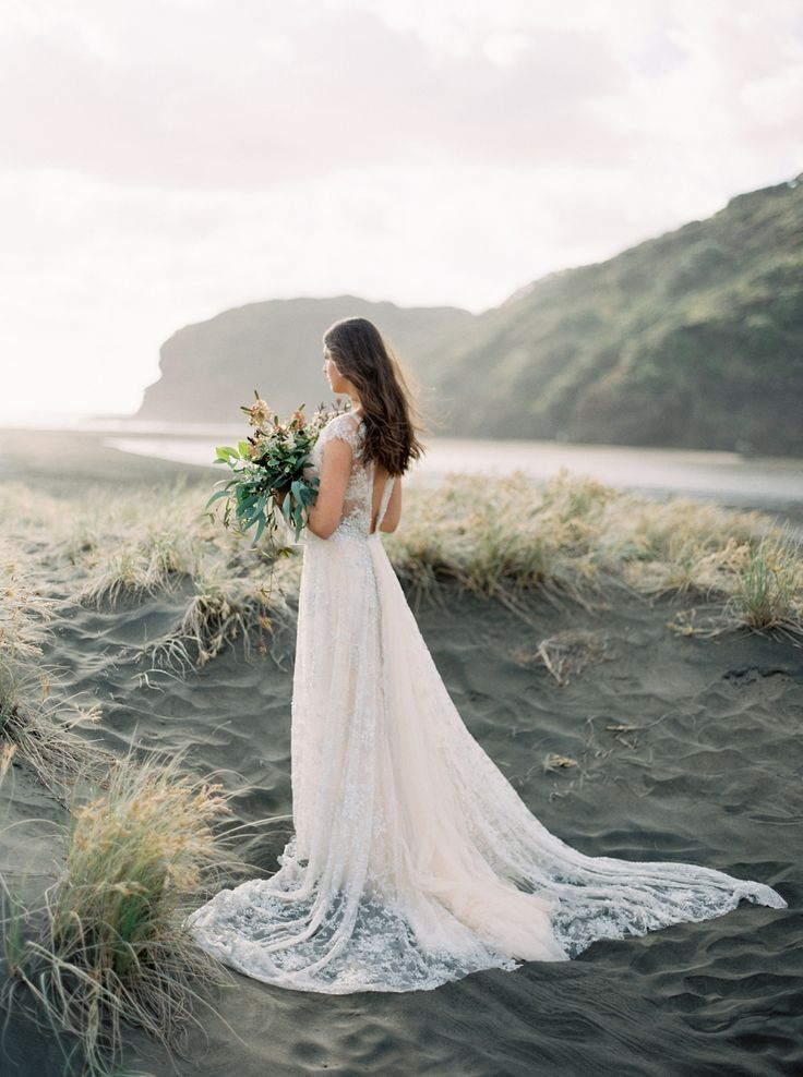 Windswept Bridals on a New Zealand beach via Magnolia Rouge