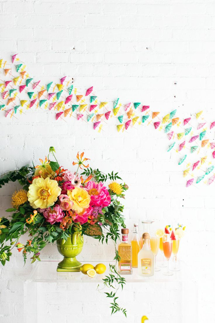 A Tropical Infused 30th Birthday Party