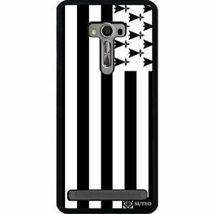 Coque Asus Zenfone Selfie (ZD551KL) - Drapeau Bretagne - 221 - Coque noire laquee en PVC lisse et brillant resistante aux chocs et rayures. Elle epouse parfaitement la forme d… Voir la présentation