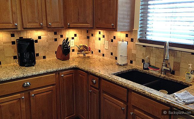 santa cecilia granite travertine backsplash kitchen