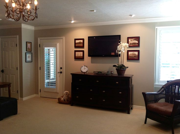 Revere pewter by benjamin moore blog posts projects - Benjamin moore revere pewter living room ...