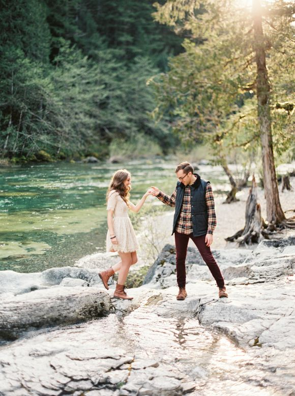 what to wear for an engagement shoot uk