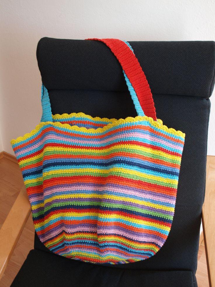 háčkovaná taška na pláž