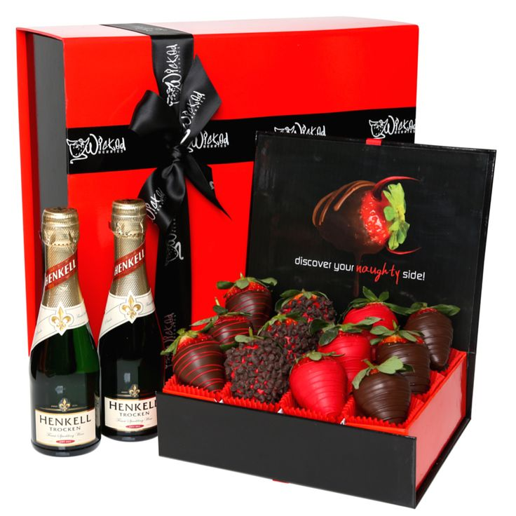 Shop our HEAVENLY BLISS gift hamper. Decdadent belgian chocolate dipped strawberries from our 'Berry Bliss' range. We deliver to your door. http://www.wickedberries.com.au/p/Berry-Bliss/Heavenly-Bliss/WBHB