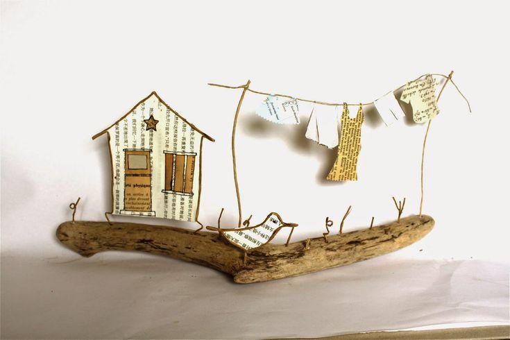 Jour de lessive : linge qui sèche en découpes de papier et portique en fil de kraft armé et ficelle - création Epistyle - (voir aussi scrap Mode)