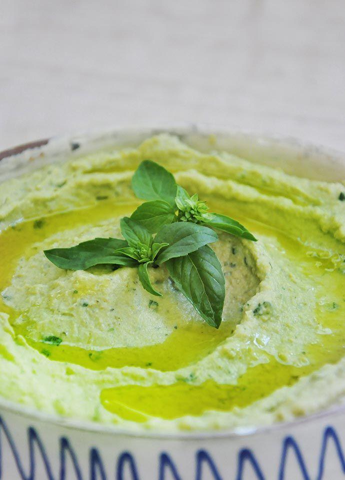 Basil Pesto Hummus Recipe | Gourmandelle | Vegetarian Blog