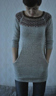 Been wantin' to make this sweater/tunic/dress for ages, which is plain in the original, but I also like this colorwork at the yoke an awful lot...     nitsirk: klänningen