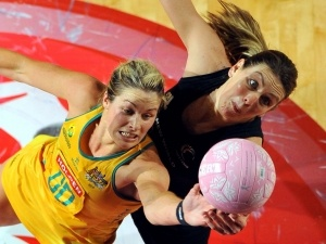 16/09/2012 Julie Corletto and Irene van Dyk clash  (Source: Photosport)