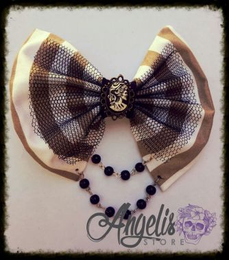 Madam Scarlet Cameo Bow with Beads