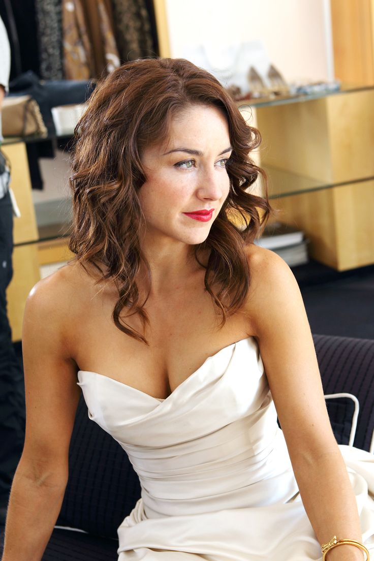 375 Best Erin Karpluk Images On Pinterest  Classy Fashion -6697