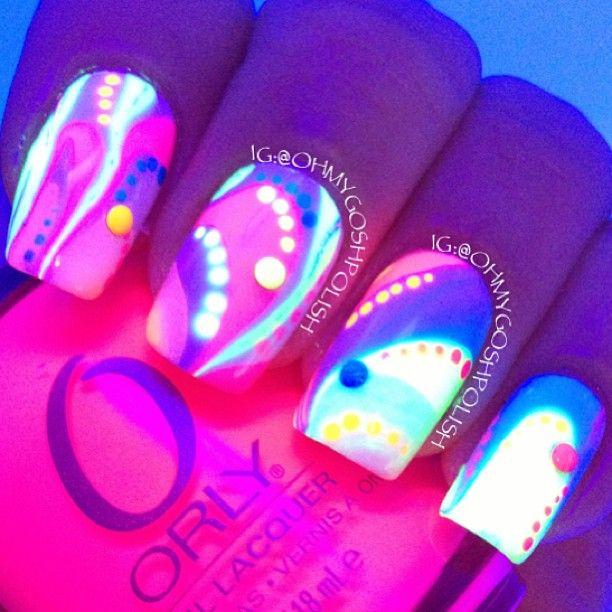 Light bright neon nails