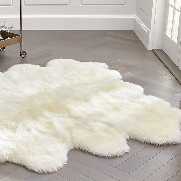 "Sheepskin Ivory 64""x70"" Throw/Rug 