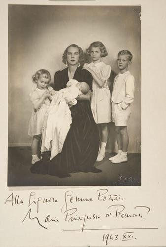 Maria Josè principessa del Piemonte 1943    #TuscanyAgriturismoGiratola
