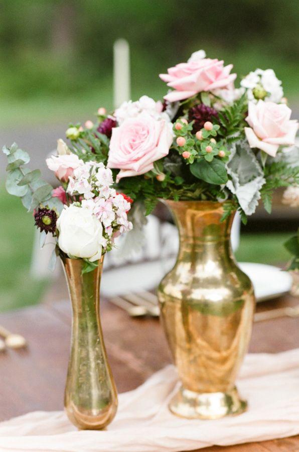 Chic gold vases: http://www.stylemepretty.com/little-black-book-blog/2015/08/31/romantic-al-fresco-montana-wedding/ | Photography: Tamara Gruner - http://tamaragruner.com/