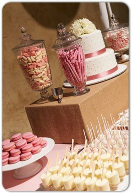 macarons and lolly jars