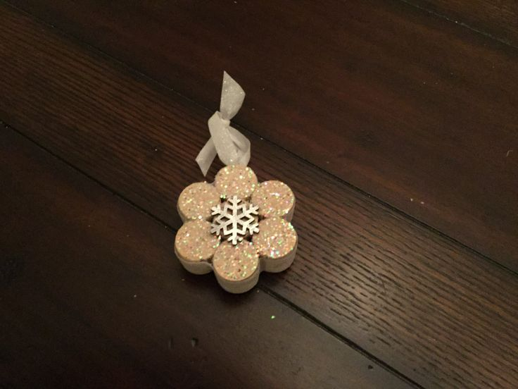 Snowflake from corks!