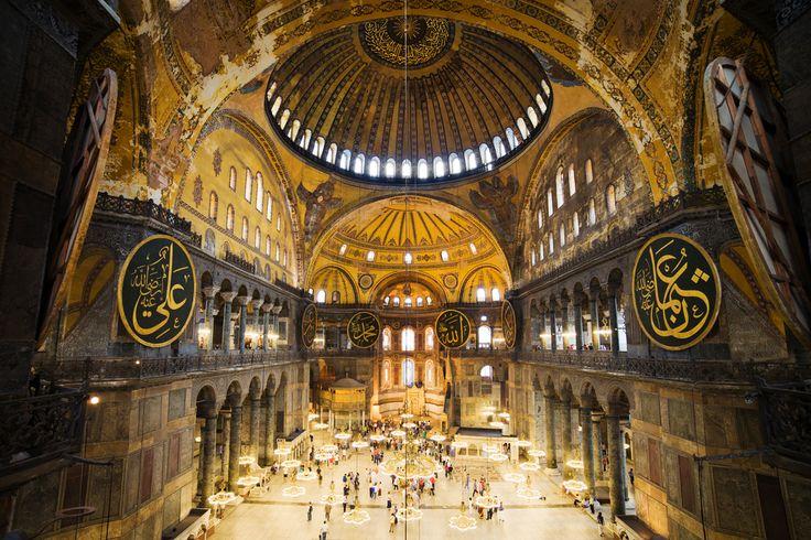 Πως ακουγόταν η ψαλμωδία στην Αγία Σοφία. Ένα πανεπιστήμιο προσπάθησε να ξαναδημιουργήσει τον ήχο μέσα στο ναό, έπειτα από περίπου 700 χρόνια! Ακούστε τη μοναδική ακουστική εξομοίωση - ΜΗΧΑΝΗ ΤΟΥ ΧΡΟΝΟΥ