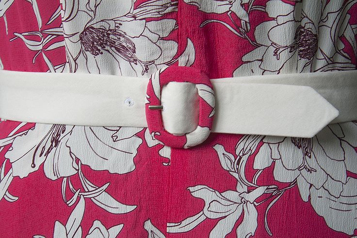 Learn how to cover any belt buckle with fabric! No need for special kits.