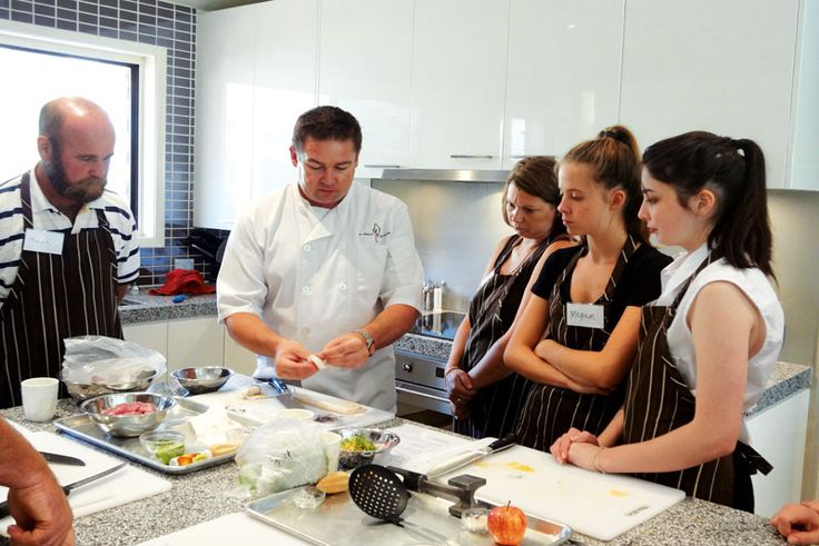 NEW SOUTH WALES COOKING SCHOOLS - Australia Country Magazine