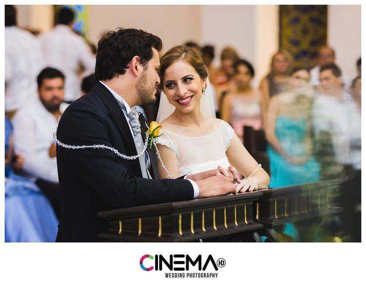 ¡Feliz primer aniversario! #CinemaHD #DiegoyLu #Wedding #Matrimonio #Hochzeit #Mariage #Photography #WeddingDay #FirstAnniversary #LoveStories #LizzieyRodrigo #Bride #Groom #Couple #Love #Smile #Moment #Amazing #Church #Engagement #BridalPortrait #Art #Merida #Yucatan #Mexico #Travel #BodasYucatan @lizziepeniche @rodroz10 http://gelinshop.com/ipost/1519949724822618026/?code=BUX8jjAgT-q