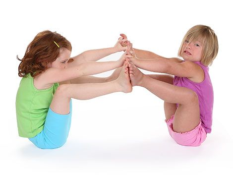 Over 30 Kids yoga poses (not just for kids). Great instructions .. Great site! (Partner Boat Pose / Double Boat Pose).