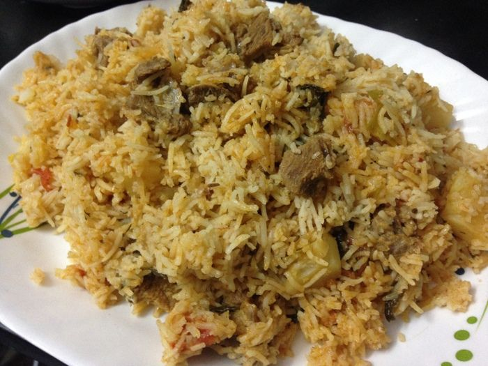 Tahari recipe or tehari are all mixed version of biryani/pulao. Tahari is usually a mixed rice recipe usually mixed with either mutton or vegetables into it