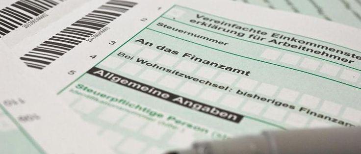 Steuerklassen im Überblick: Was Sie über Einkommenssteuerklassen wissen müssen http://www.focus.de/finanzen/steuern/tid-34154/steuerklassen-im-ueberblick-was-sie-ueber-einkommenssteuerklassen-wissen-muessen_aid_674087.html