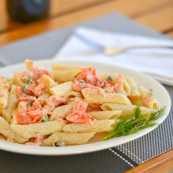 Pasta With Smoked Salmon And Cream Cheese Sauce