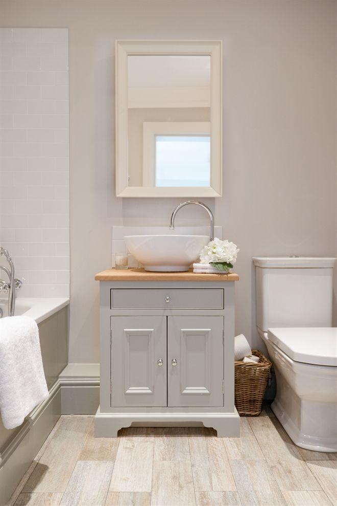Neptune Bathroom Washstands – Chichester 640mm Oak Countertop Washstand