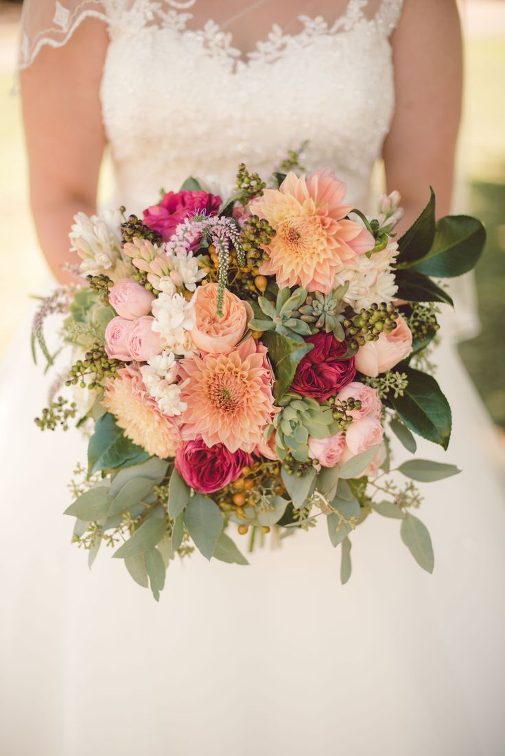 beautiful bouquet by Annaliese @ Signature Floral Design and photography by Amy Skinner Fine Art Photography