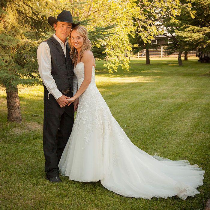 Heartland's Amber Marshall and her groom, photographer Shawn Turner. Photo: José Paulo MPA