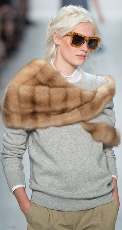 (via Pinterest) Vintage fur over a plain sweater...love this rather then just sitting in a box!