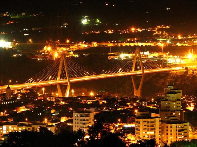 Pereira, Colombia viaducto Cesar Gaviria Trujillo