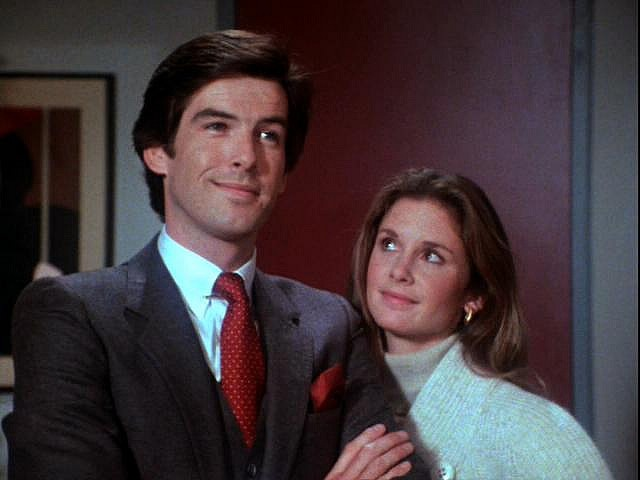 Les Enquêtes de Remington Steele 3bd9589b42e5ec4b0d110ecb3970a848--school-tv-pierce-brosnan