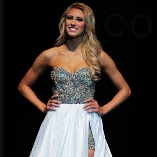 Miss Wisconsin Teen USA 2015 Evening Gown: HIT or MISS?  http://thepageantplanet.com/miss-wisconsin-teen-usa-2015-evening-gown/