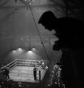 Luta de boxe na França (1937) - Crédito: Gaston Paris