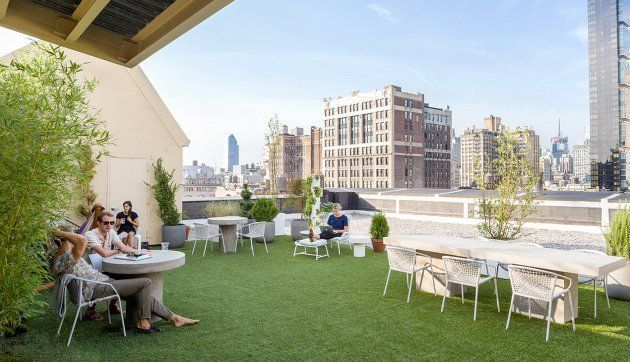 Treehouses Rooftop Bars And A Pool Check Out These 9 Awesome Outdoor Workspaces Outdoor Outdoor Office City Office