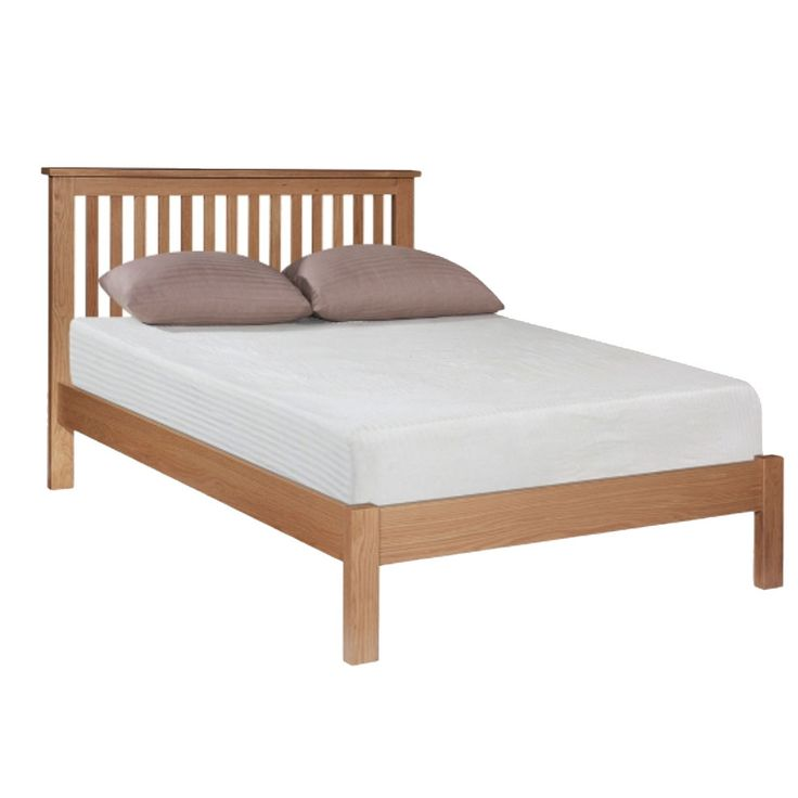 The Barryroe Wooden Electric Adjustable Bed is a beautiful simple Solid Oak bed style with a Low Foot End. It is a stunning feature for any bedroom.