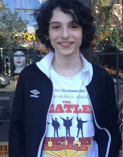 Finn wolfhard  (Amo su camiseta!!!!!!!!!!)