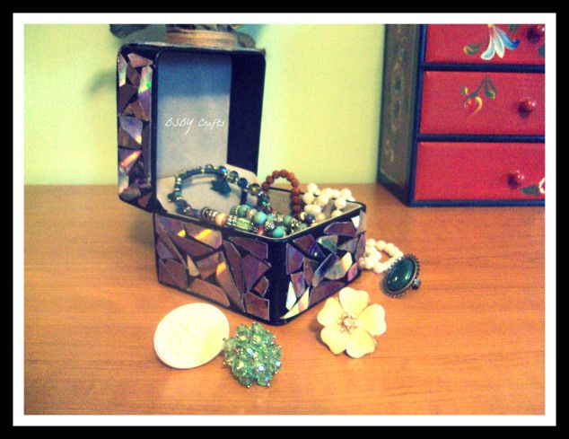 Episodul 5: Cutie bijuterii decorata cu CD reciclat
