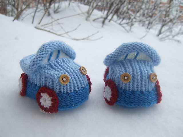 Ravelry: Baby booties Cars pattern by Oksana Mik