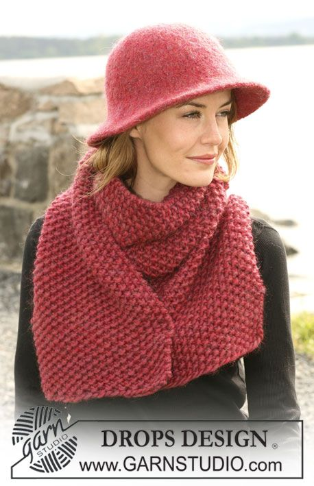 """DROPS 104-19 - Felted Hat and moss stitched Scarf in """"Eskimo"""" - Free pattern by DROPS Design"""