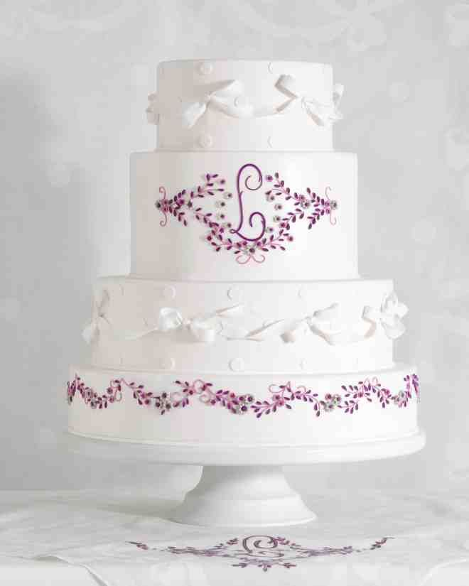 7 Handkerchief Inspired Wedding Cakes That Are Sew Sweet