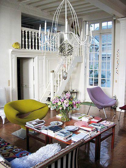 christian-lacroix-apartment-france-4.jpg 413×550 pixels