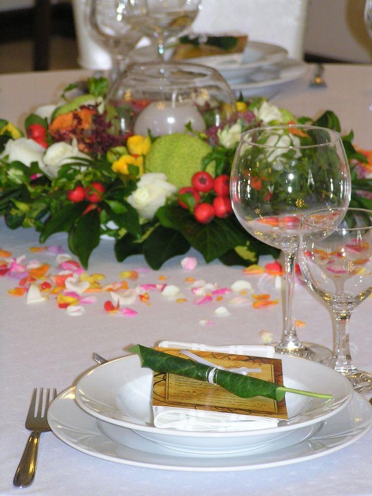 Díszített asztal