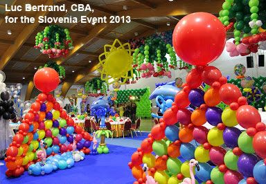 This stunning tropical balloon decor was created by Luc Bertrand, CBA and made by a team for the Slovenia Event 2013. Brightly colored pyramid walls were made with Qualatex Quick Links.