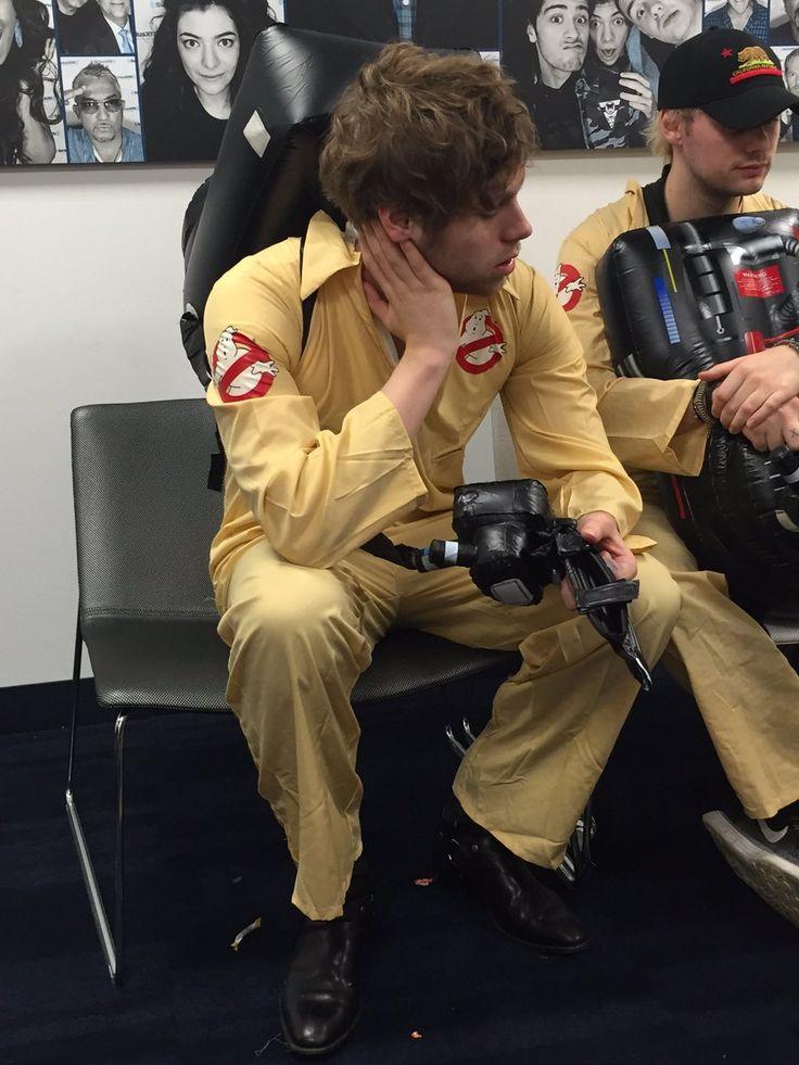 5 seconds of summer | Tumblr  Luke Hemmings 5 Seconds of Summer 5sos Ghostbusters 2016 Girls Talk Boys