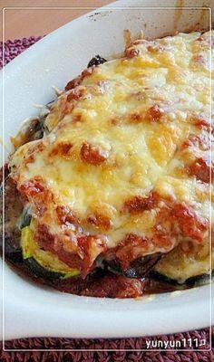 「夏野菜☆茄子とズッキーニ牛挽肉のオーブン焼き」ミートソースは多目に作ってパスタのボロネーゼとして食しても美味しいです。(≧▽≦)作り置きしておくと何かと便利♪【楽天レシピ】