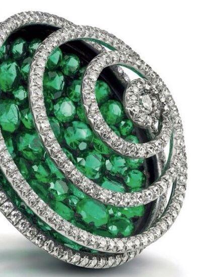 Jewels by JAR #jarparis #jar #joelarthurrosenthal #jewelsbyjar #jarjewelry #jarjewels via The Jewelry Loupe